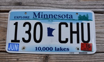 Minnesota Explore Minnesota 10,000 Lakes License Plate 2016