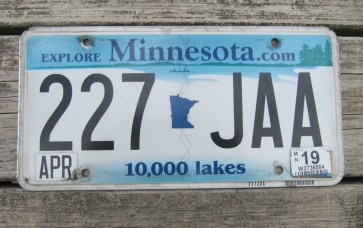 Minnesota Explore Minnesota 10,000 Lakes License Plate 2017