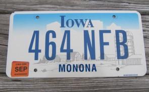 Iowa Farm Scene License Plate Monona County 2006 464 NFB