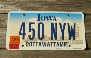 Iowa Farm Scene License Plate Pottawattamie County 2006 499 RBP