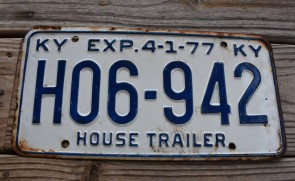 Kentucky House Trailer License Plate 1977