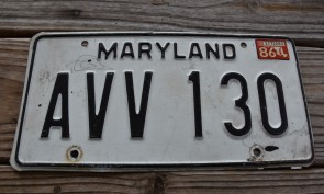 Maryland Black White License Plate 1986