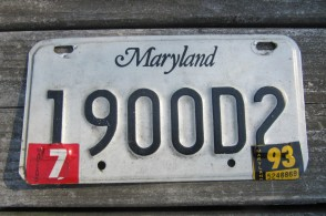 Maryland Black White License Plate 1987