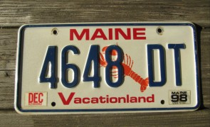 Maine Chickadee Commercial Vacationland License Plate 2006