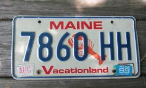 Maine Chickadee Vacationland License Plate 2010 3182 RJ