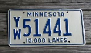 Minnesota Minnesota 10,000 Lakes License Plate 1970s