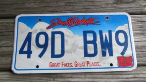 South Dakota Great Faces Great Places License Plate 2016