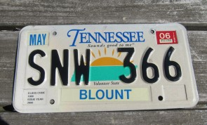 Tennessee Green Rolling Hills License Plate 2017 Shelby County Z41 58F