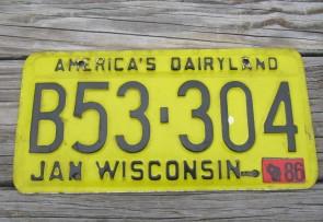 Wisconsin America's Dairyland Yellow License Plate 1986