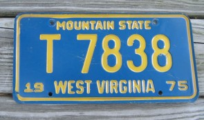 West Virginia Mountain State License Plate 1975 T 7838