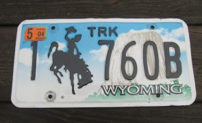 Wyoming Devils Tower Truck License Plate 2004 1760B