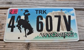 Wyoming Devils Tower Truck License Plate 2007