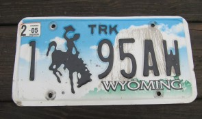 Wyoming Devils Tower Truck License Plate 2005 195AW