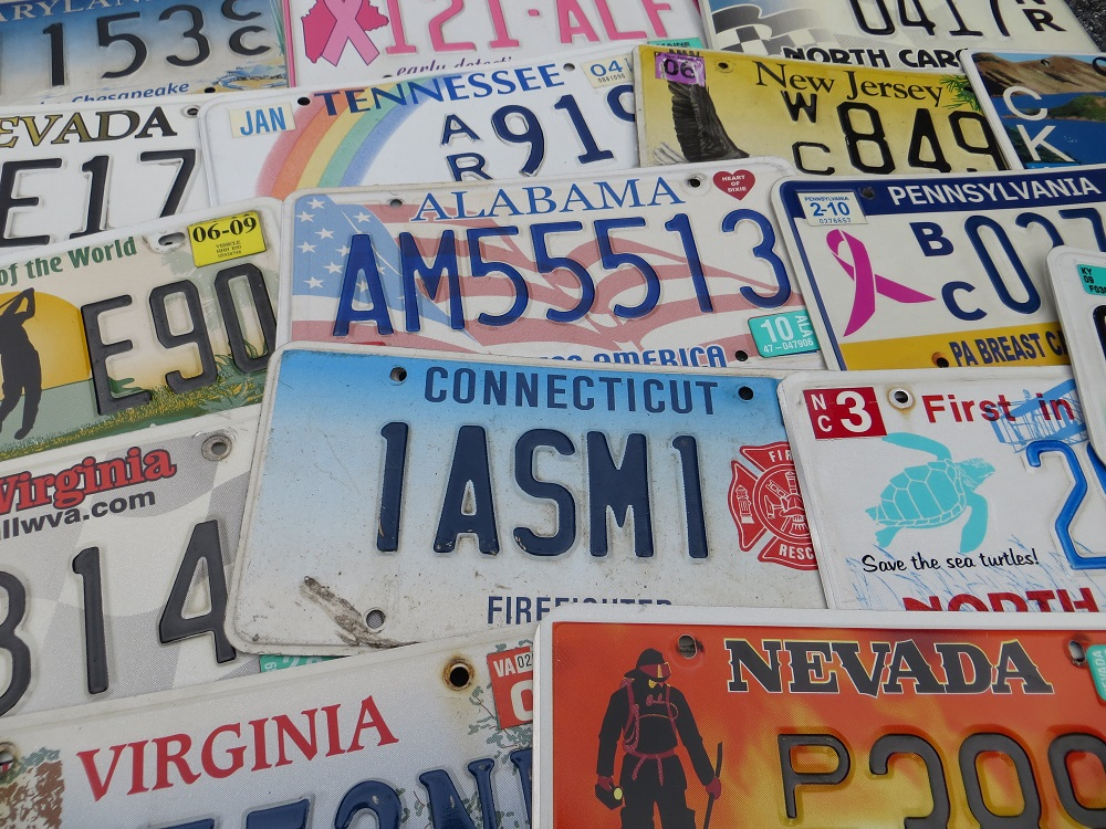 Genuine 50 USA state license plates to collect and trade