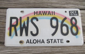 HawaII Rainbow Aloha State License Plate 2016 RWS 968