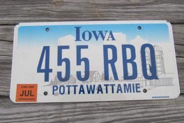 Iowa Farm Scene License Plate Pottawattamie County 2006 455 RBQ