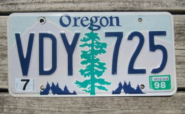 Oregon Tree and Mountains License Plate 1998