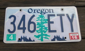 Oregon Tree and Mountains License Plate 2016