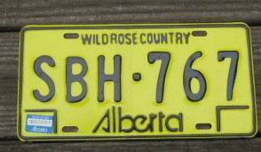 Alberta Canada Yellow Black License Plate 1982