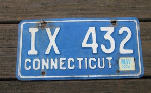 Connecticut Blue White License Plate 1976