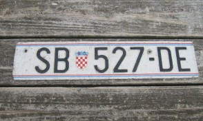 Croatia Flag License Plate SB 527 DE