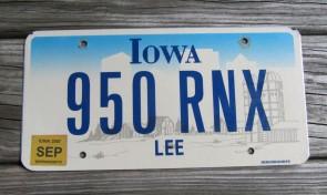 Iowa Farm Scene License Plate Lee County 2007