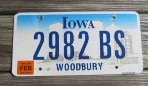 Iowa Farm Scene License Plate Woodbury County 2006
