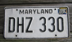Maryland Black White License Plate 1985