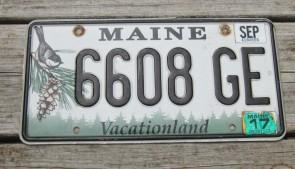 Maine Chickadee License Plate 2017