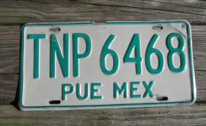 Mexico Puebla Green White License Plate