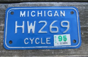 Michigan Motorcycle License Plate White Blue 1995