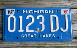 Michigan Blue White License Plate 1997 Great Lakes