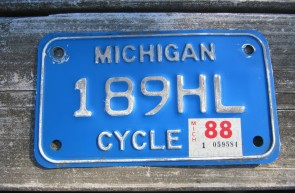 Michigan Motorcycle License Plate White Blue 1988