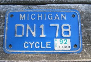 Michigan Motorcycle License Plate White Blue 1992