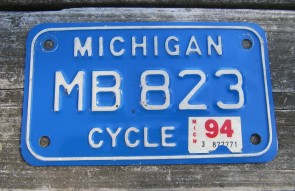 Michigan Motorcycle License Plate White Blue 1994