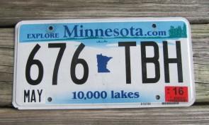 Minnesota Explore Minnesota 10,000 Lakes License Plate 2016
