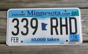 Minnesota Explore Minnesota 10,000 Lakes License Plate 2018
