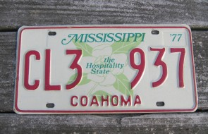 Mississippi The Hospitality State License Plate Magnolia 1977
