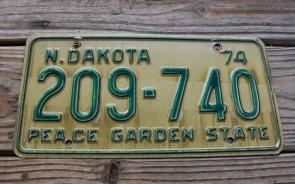 North Dakota Peace Garden State License Plate 1974