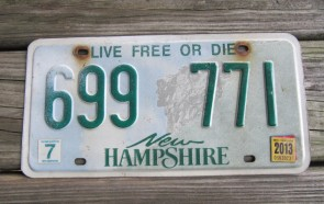 New Hampshire Old Man of The Mountain Live Free or Die License Plate 2013