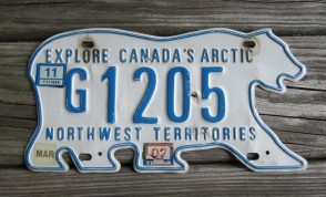 Canada North West Territories Polar Bear License Plate 2002