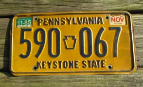 Pennsylvania Blue Yellow Keystone State License Plate 1985