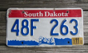 South Dakota Great Faces Great Places License Plate Mount Rushmore 2001