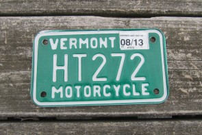 Vermont Motorcycle License Plate Green White 2013