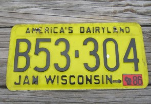 Wisconsin America's Dairyland Yellow License Plate 1986