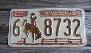 Wyoming Brown Wooden Fence License Plate Bucking Horse 1980
